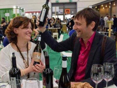 Marianna Annio und Steffen Maus probieren Pietraventosa Weine