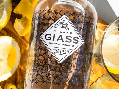 GIASS - Milano Dry Gin 57% vol