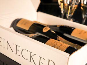 Sektkellerei Reinecker - 3-Lagen-Paket Pinot Noir Sekt 2016 Extra Brut