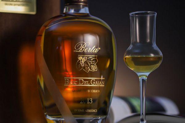 Berta Distillerie - Grappa Bric del Gaian 2013 in Holzkassette