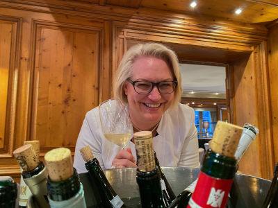 Nicole Retter Wine Tasting
