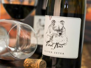 Oliver Zeter - Pinot Noir 2019