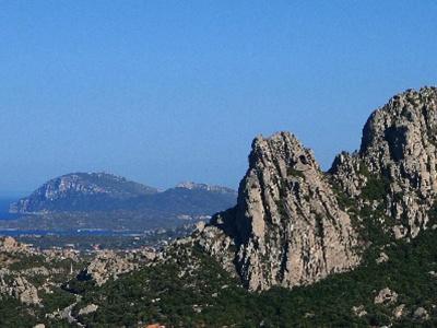 Typische Berge der Gallura