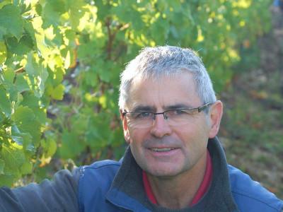 Winzer Dominique Roger von Domaine du Carrou